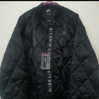 NIKE - W/XL〘新品〙NIKE AIR ナイキ キルティングサテンジャケット•ブラック