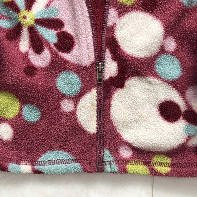 patagonia(パタゴニア)のパタゴニア フリース 24M 花柄 80 90 95 女の子 上着 アウター キッズ/ベビー/マタニティのキッズ服女の子用(90cm~)(ジャケット/上着)の商品写真