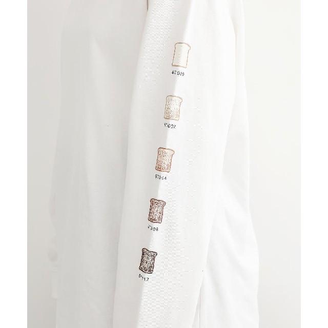 merlot(メルロー)のメルロー*♪パン柄ロンT オフホワイト レディースのトップス(Tシャツ(長袖/七分))の商品写真
