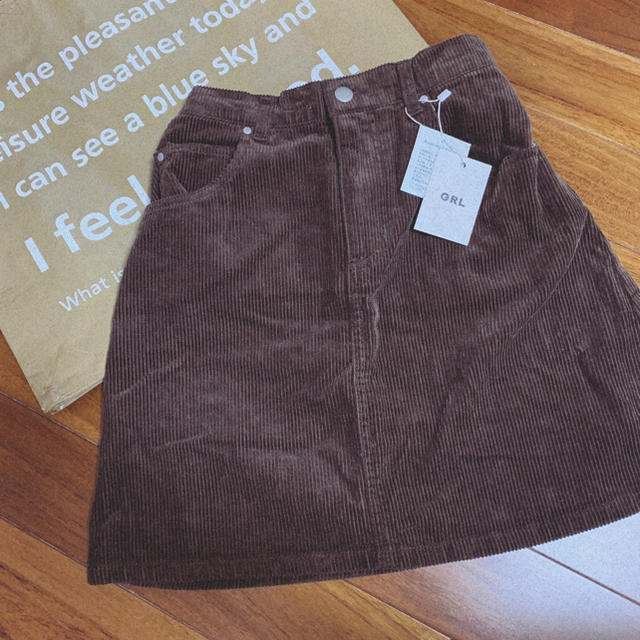 GRL(グレイル)の【新品】GRL. コーデュロイ台形スカート レディースのスカート(ミニスカート)の商品写真