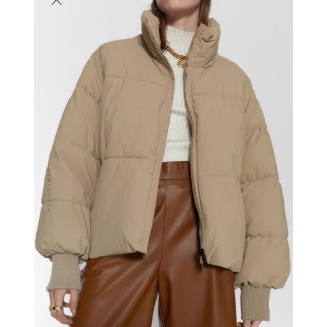 ZARA(ザラ)のZARA★ダウン レディースのジャケット/アウター(ダウンジャケット)の商品写真
