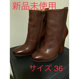 定価5万3900円→63%Off《新品未使用難有》ALBERTO FERMANI(ブーティ)