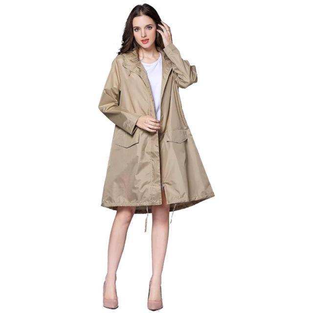レインコート クリーム  雨具 ラスト1着 レディースのジャケット/アウター(その他)の商品写真