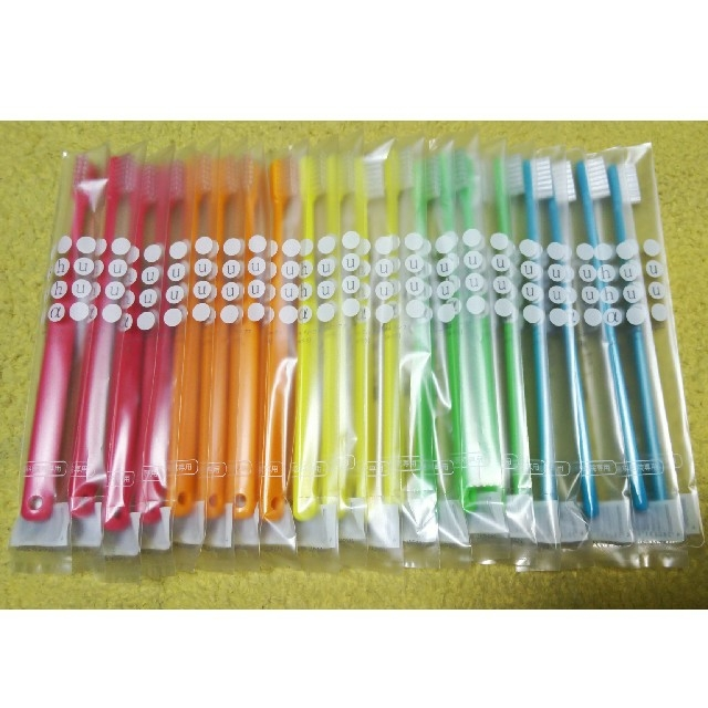 歯科医院専用歯ブラシ 20本セット⭐ コスメ/美容のオーラルケア(歯ブラシ/デンタルフロス)の商品写真