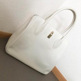 Furla - フルラ ハンドバッグ ホワイト ブランドバッグ