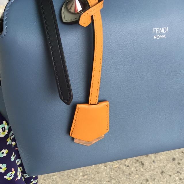 FENDI(フェンディ)のフェンディ  バイザウェイ  ハンドバッグ サックス 超美品 レディースのバッグ(ショルダーバッグ)の商品写真