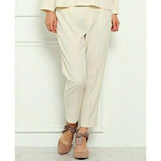クチュールブローチ(Couture Brooch)のフォーマル テーパードパンツ オフホワイト センタープレス 入学式 入園式(カジュアルパンツ)