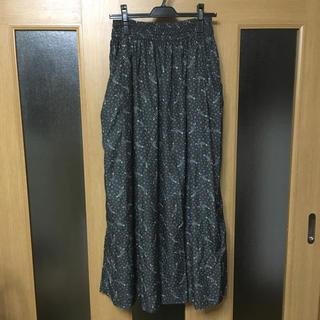 KBF - KBF 星柄ロングスカート