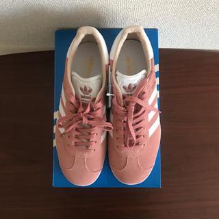 アディダス(adidas)のadidas スニーカー ピンク 23cm(スニーカー)