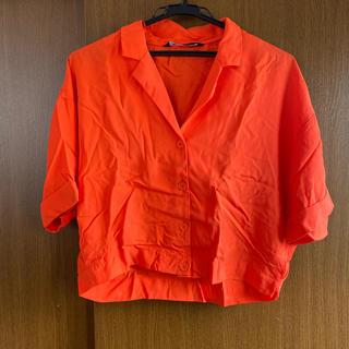 ザラ(ZARA)のZARA オレンジ シャツ(シャツ/ブラウス(半袖/袖なし))