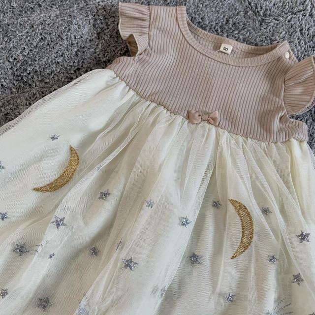* チュール刺繍袖フリルトップス * キッズ/ベビー/マタニティのキッズ服女の子用(90cm~)(ワンピース)の商品写真
