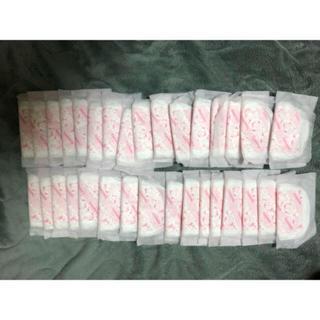 アカチャンホンポ(アカチャンホンポ)の母乳パッド 32枚 赤ちゃん本舗(母乳パッド)