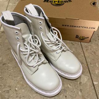 ドクターマーチン(Dr.Martens)のドクターマーチン 8ホール 白 ホワイト ブーツ(ブーツ)