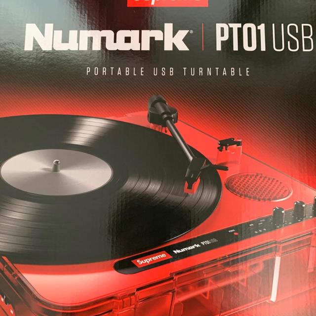 Supreme(シュプリーム)のsupreme Numark pt01 Portable turntable 楽器のDJ機器(ターンテーブル)の商品写真