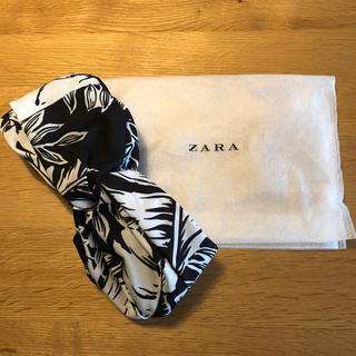 ザラ(ZARA)のZARA ターバン風ヘアバンド(ヘアバンド)