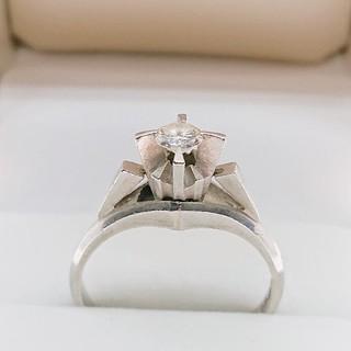 プラチナ台天然ダイヤモンドリング