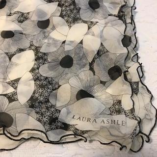 ローラアシュレイ(LAURA ASHLEY)のローラアシュレイスカーフ(バンダナ/スカーフ)