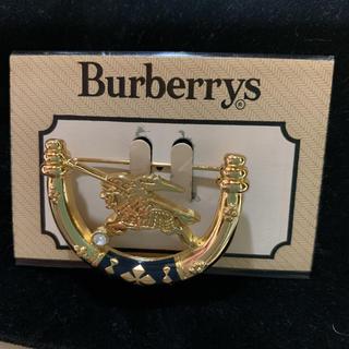 バーバリー(BURBERRY)のBurberrys ブローチ ゴールド 新品!!(ブローチ/コサージュ)