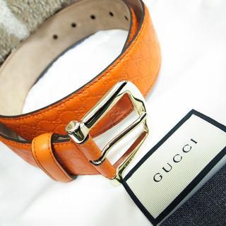 Gucci - ほぼ未使用☆グッチ ベルト GG柄 グッチシマ オレンジ バッグ 財布 小物