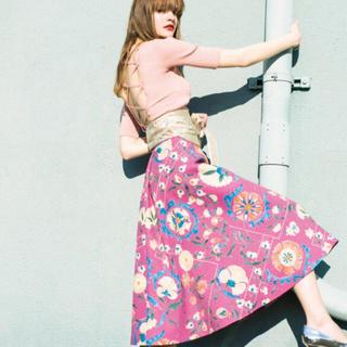 Lily Brown - リリーブラウン オリエンタル花柄スカート