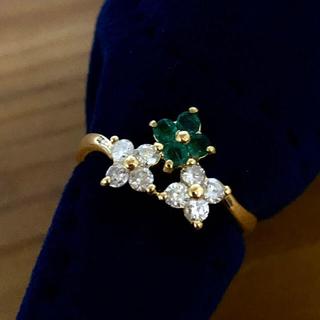 エメラルド ダイヤモンド フラワーモチーフリング ♯11(リング(指輪))