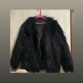フォーエバートゥエンティーワン(FOREVER 21)の黒ファーコート(毛皮/ファーコート)