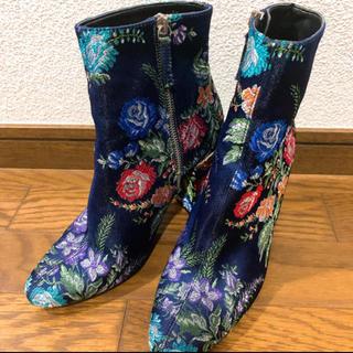 ZARA - ZARA 刺繍ブーツ