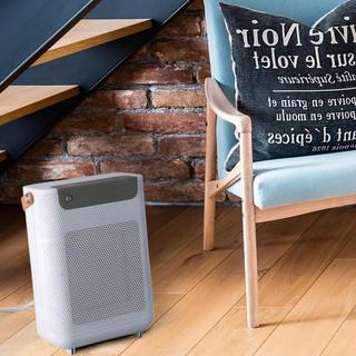 新品 スリーアップ VENTO ヴェント 電気ヒーター 人感センサー付き