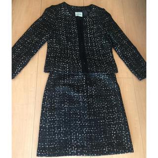 シューラルー(SHOO・LA・RUE)のシューラルー ツイード ノーカラージャケット スカート(スーツ)