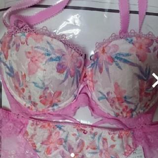 ブラジャー ショーツ まとめ売り 春 ピンク色(ブラ&ショーツセット)