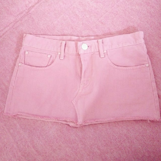 moussy(マウジー)のMOUSSY ピンクデニムスカート 美品 春服 パステルかわいい♪ レディースのスカート(ミニスカート)の商品写真