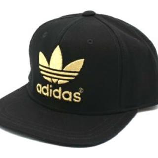 アディダス(adidas)のadidas キャップ 黒×金(キャップ)