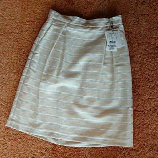 ロペ(ROPE)のロペ タグつき 新品 スカート(ひざ丈スカート)