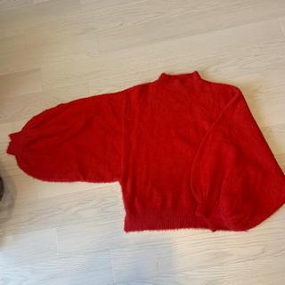 ベルシュカ(Bershka)のbershka 赤 セーター(ニット/セーター)