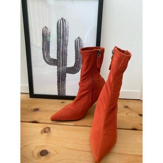 アーバンアウトフィッターズ(Urban Outfitters)の新品未使用🌟shagaderic ソックス ショートブーツ リブ(ブーツ)