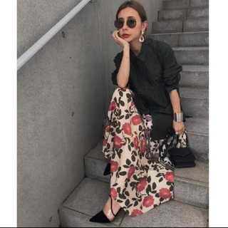 Ameri VINTAGE - ameri vintage 花柄スカート 完売商品