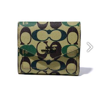 アベイシングエイプ(A BATHING APE)のcoach×bape flap wallet(折り財布)