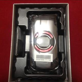 キョウセラ(京セラ)の【新品 未使用】au TORQUE X01  トルク ガラフォ シルバー(携帯電話本体)