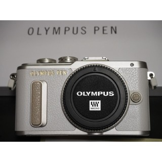 オリンパス(OLYMPUS)のオリンパスPEN  E-PL8ボディ!美品(ミラーレス一眼)