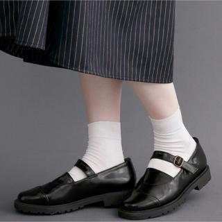 メルロー(merlot)の【カニ様専用】merlot  ラバーソールストラップシューズ(ローファー/革靴)