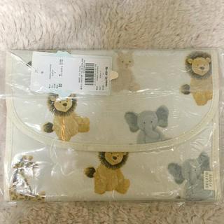 gelato pique - 新品 アニマル母子手帳ケース じゃばら ぬいぐるみ柄 ライオン