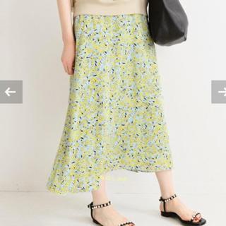 イエナ(IENA)の【新品‼︎】フラワープリントフレアースカート 38サイズ        633.(ロングスカート)