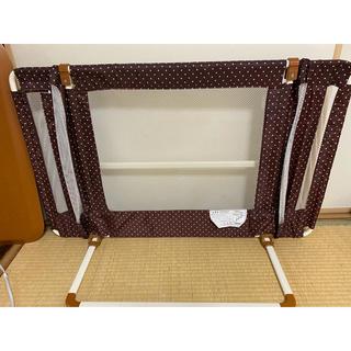 ニホンイクジ(日本育児)の日本育児おくだけとおせんぼベビーゲート(ベビーフェンス/ゲート)