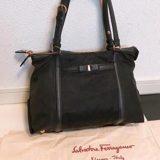 Salvatore Ferragamo - 《美品》Ferragamo(フェラガモ)ハンドバッグ
