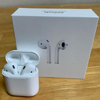 Apple - AirPods 第2世代 ワイヤレス充電可能