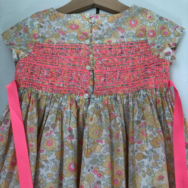 Bonpoint(ボンポワン)のボンポワン bonpoint  DUCHESSE レモンカード ワンピース 4  キッズ/ベビー/マタニティのキッズ服女の子用(90cm~)(ワンピース)の商品写真