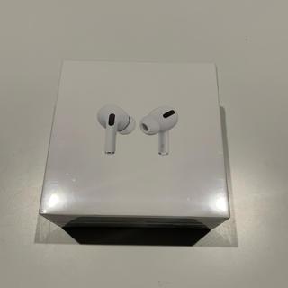 アップル(Apple)のAirPods Pro MWP22J/A 新品(ヘッドフォン/イヤフォン)