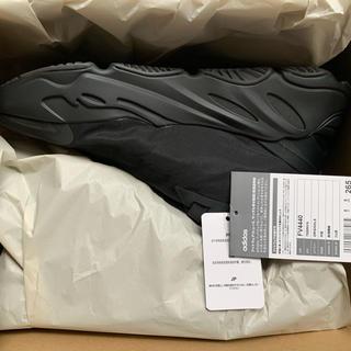 アディダス(adidas)のADIDAS YEEZY BOOST 700 MNVN BLACK 26.5(スニーカー)