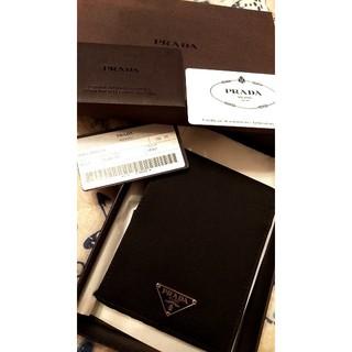 プラダ(PRADA)のプラダ二つ折り財布 M114 NERO(折り財布)