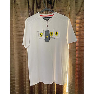 フェラーリ(Ferrari)のフェラーリ シールドロゴエボリューションTシャツ(Tシャツ/カットソー(半袖/袖なし))